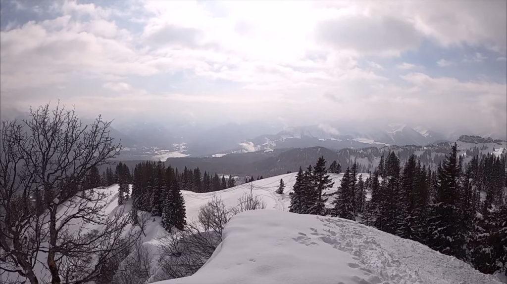 Schneeschuhwandern auf dem Grat des Wannenkopfs